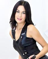 Nikki Stills